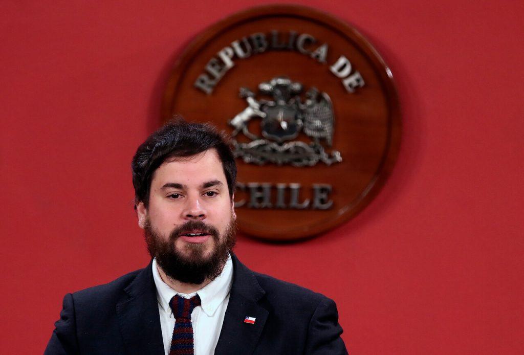 El jefe del Departamento de Extranjería y Migración, Álvaro Bellolio. / Agencia Uno