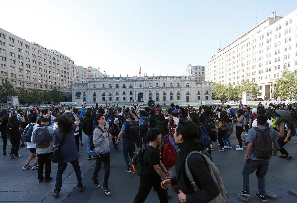 18 de Octubre del 2019/SANTIAGO Disturbios frente al Palacio de la Moneda. FOTO:AGENCIAUNO.