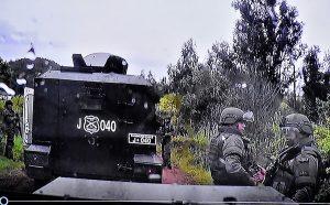 Fotografías mostrada por la Fiscalía en la audiencia de formalización de los cuatro ex carabineros imputados por el homicidio de Camilo Catrillanca. Foto: Agencia Uno.